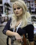 Kelcie (@kewinlove) posing during @amazingcomiccon in Phoenix, Arizona on February 14.