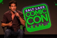 Jon Bernthal held a Q&A panel to help promote his upcoming Netflix series The Punisher. Originally, Elodie Yung, Daredevil's Elektra, was scheduled to be a part of the panel before having to cancel.