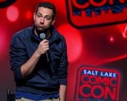 Zachary Levi made his return to Salt Lake City after his FanX debut in March with another main stage panel at Salt Lake Comic Con on September 23, 2017. Salt Lake Comic Con was held from September 21-23.